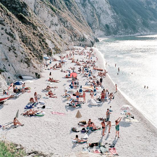 http://www.thomasebruster.com/files/gimgs/25_beach-1.jpg