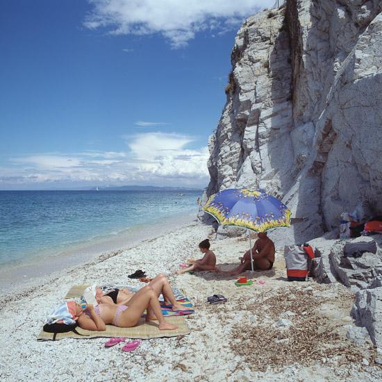 http://www.thomasebruster.com/files/gimgs/25_beach-2.jpg