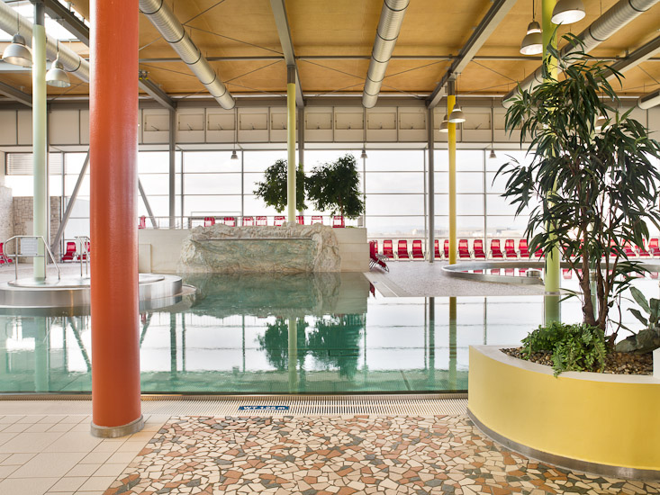 http://www.thomasebruster.com/files/gimgs/32_indoorpool-5.jpg
