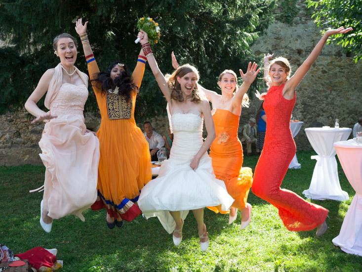 http://www.thomasebruster.com/files/gimgs/41_wedding-12.jpg
