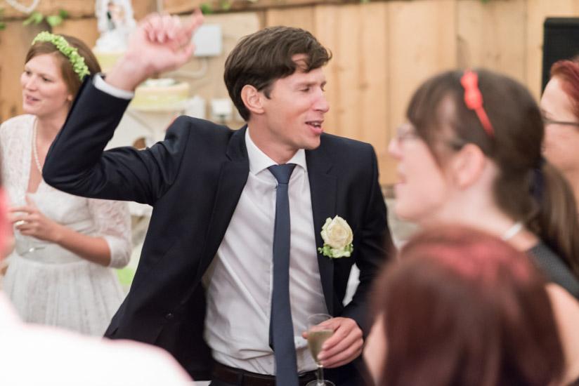 http://www.thomasebruster.com/files/gimgs/41_wedding-17.jpg