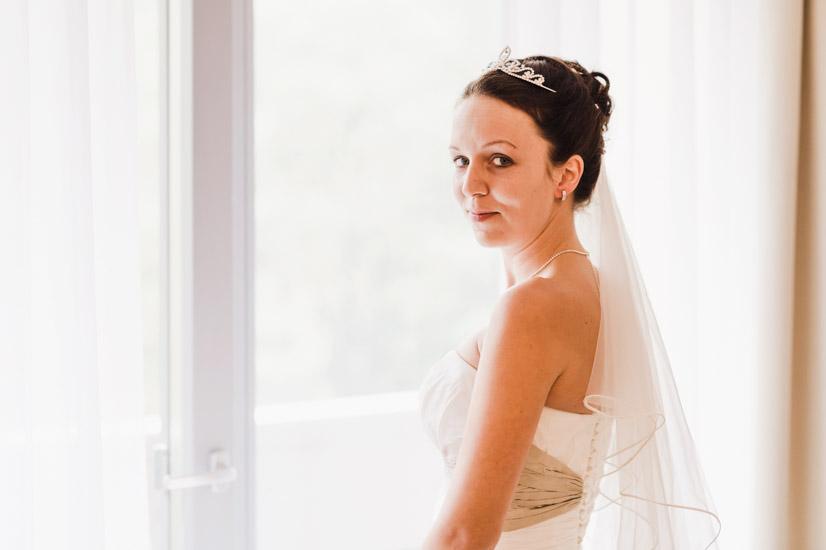 http://www.thomasebruster.com/files/gimgs/41_wedding-18.jpg