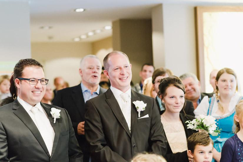 http://www.thomasebruster.com/files/gimgs/41_wedding-19.jpg