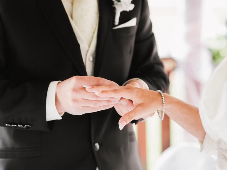 http://www.thomasebruster.com/files/gimgs/41_wedding-20.jpg