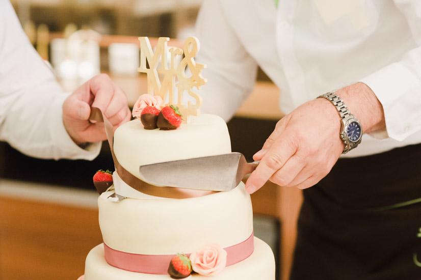http://www.thomasebruster.com/files/gimgs/41_wedding-25.jpg