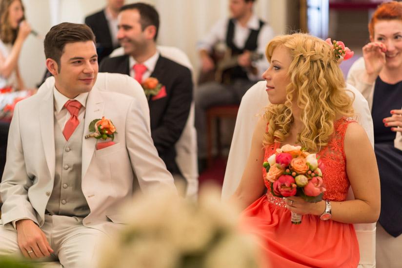 http://www.thomasebruster.com/files/gimgs/41_wedding-3.jpg
