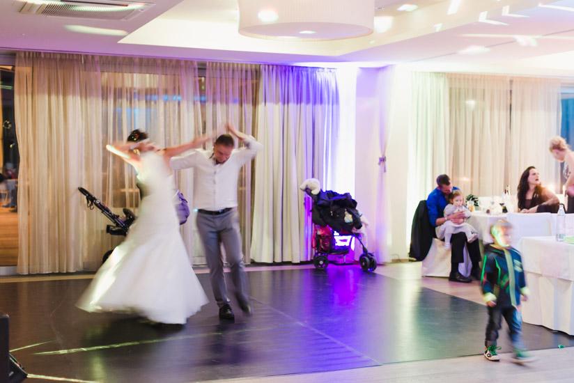http://www.thomasebruster.com/files/gimgs/41_wedding-34.jpg