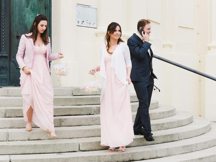 http://www.thomasebruster.com/files/gimgs/41_wedding-37.jpg