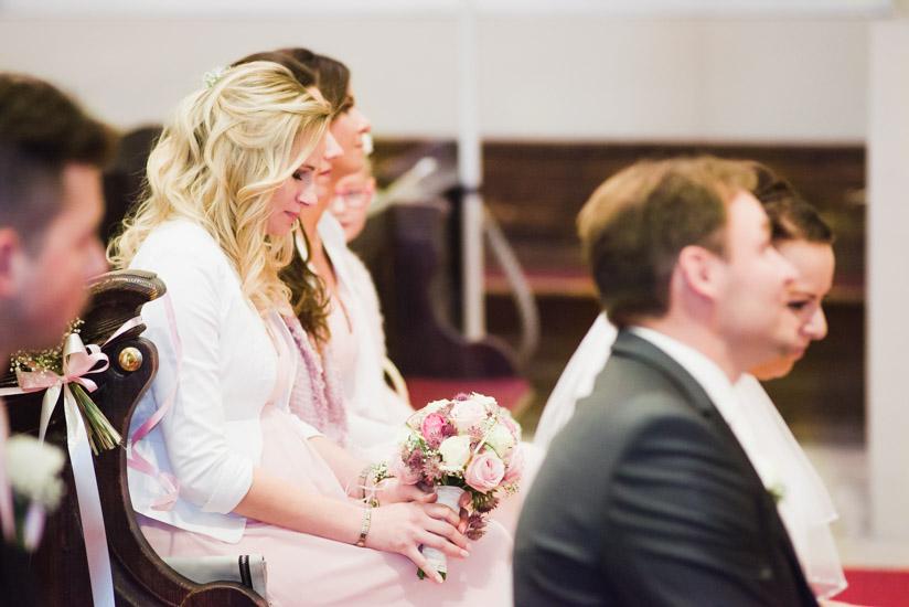 http://www.thomasebruster.com/files/gimgs/41_wedding-51.jpg