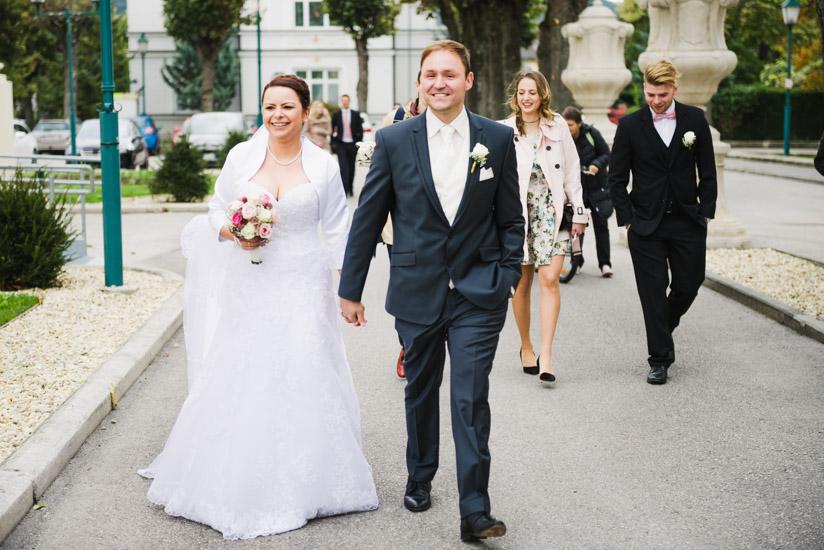 http://www.thomasebruster.com/files/gimgs/41_wedding-56.jpg