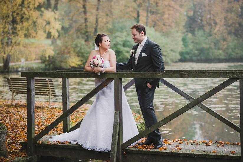 http://www.thomasebruster.com/files/gimgs/41_wedding-75.jpg