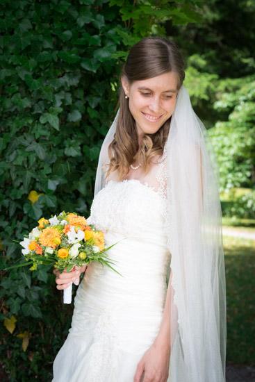 http://www.thomasebruster.com/files/gimgs/41_wedding-8.jpg