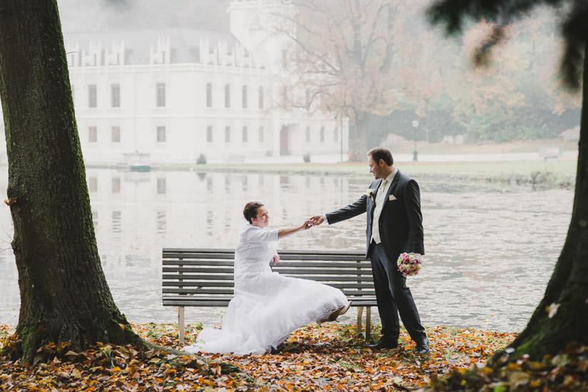 http://www.thomasebruster.com/files/gimgs/41_wedding-82.jpg